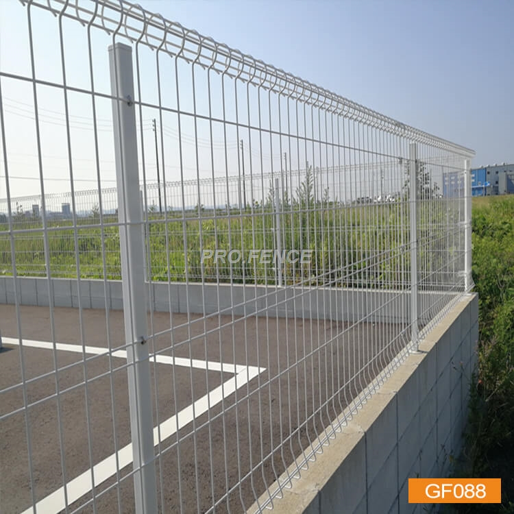 Double rings wire mesh fence (2)